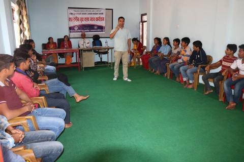 तुलसीपुरमा नमुना युवा संसद, एकै दिन तीन वडामा क्लव गठन